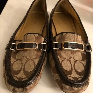Coach loafers / flats